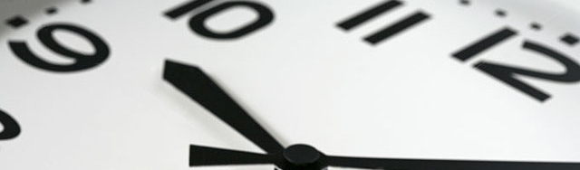 close up analog clock